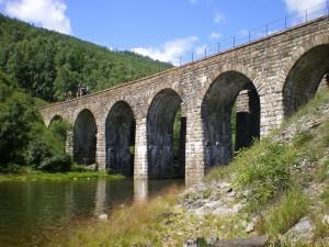 КБЖД. Мост через реку Большая Крутая Губа. Фото: figaroo / Panoramio.com