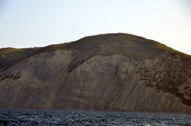 Большой Утриш с моря. Осень 2011 года. Фото: panoramio.com / Alphyn Enfield