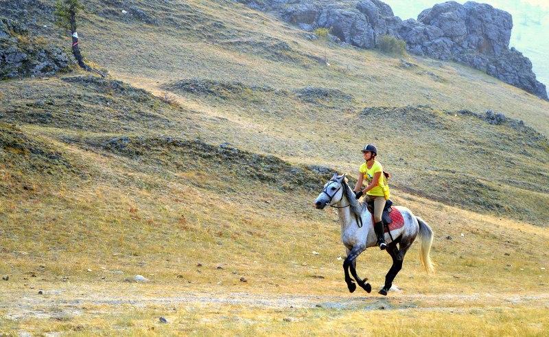 Верховая езда, Иркутск. Фото из ВК Марины Пампуры