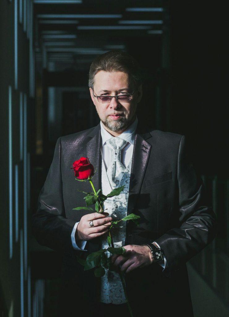 Александр Айдаров