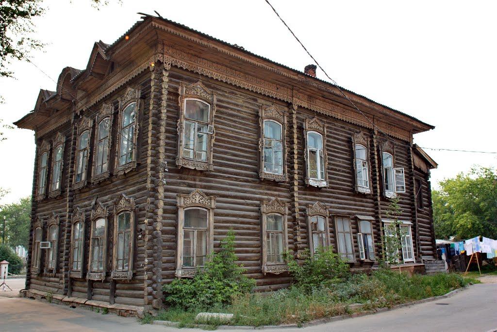 Старинный деревянный особняк в Томске. Фото: Panoramio.com / Виктор Власюк