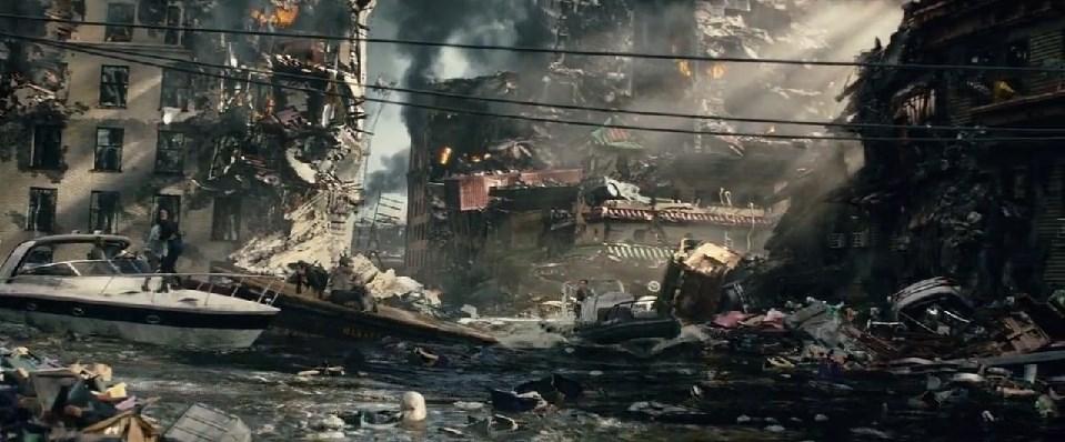 """Кадр из фильма """"Разлом Сан-Андреас"""""""